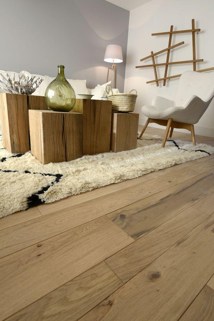 Joli parquet en chêne massif, mix de trois largeurs différentes, Origine France Garantie, PEFC et à prix direct fabricant - sur parquet-chene-massif.com