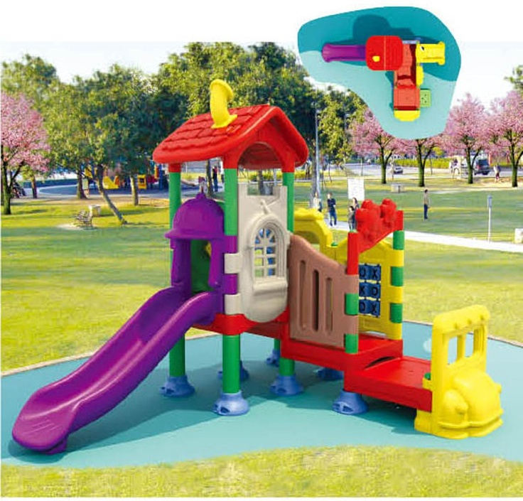 plastic outdoor playhouse - fun and colorful ! #PlasticsInTheGarden