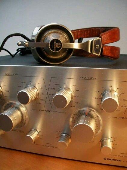 Vintage audio Pioneer Headphones