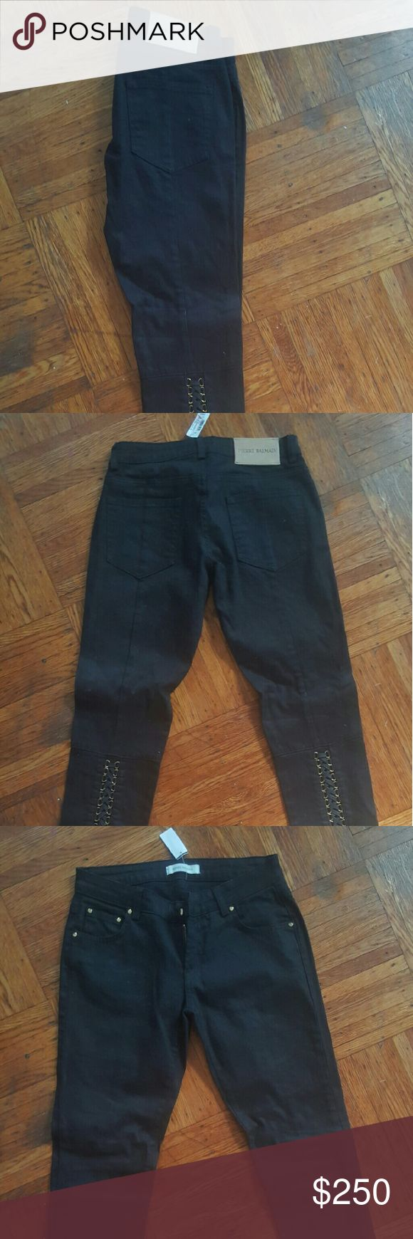 Pierre Balmain Jeans Brand new with tags. Has a broken zipper, never worn!   To small, but it was final sale, so selling it on here! Balmain Jeans