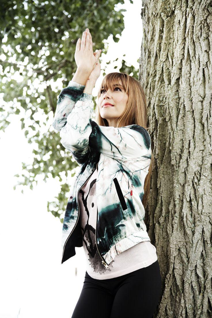 shoot met Beertje van Beers voor Vrouw Magazine, styling paula schouten, fotogr, Feriet Tunc