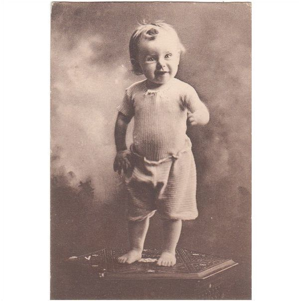 "Small Child "" Dont Laugh "" Postcard (CH102) Listing in the Children,Postcards,Collectables Category on eBid United Kingdom 