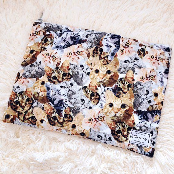 Laptop Case / Laptop Pouch / MacBook Case 13 – 14 inches / Full of Cats / Japan/Korea Fabric / Gift / 815amUK