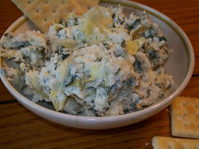 crock-pot spinach & artichoke dip....we love spinach and artichoke dip, but perhaps I'll have to try it in the crock pot?