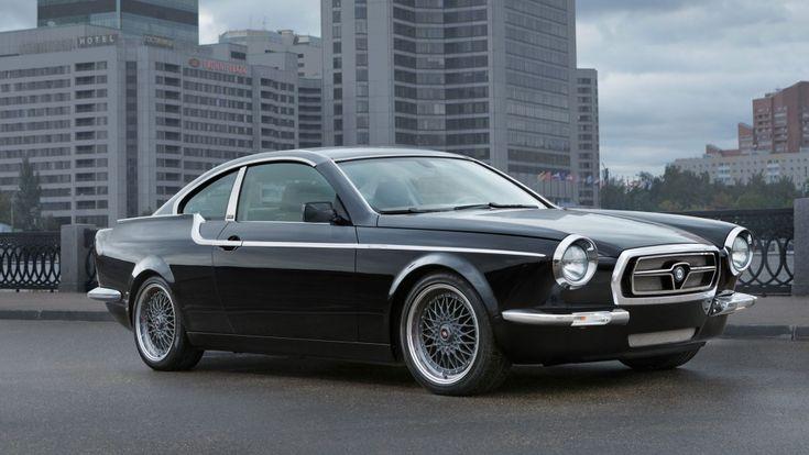 """Prenez une BMW E92, mettez-là entre les mains du préparateur russe Bilenkin Classic Cars et vous obtenez la Vintage, une Volga coupé moderne (d'autres y verront une Volvo P1800 certainement). Bilenkin a dévoilé sa nouvelle création dans le cadre de l'auto-show de Dubaï. Le but, si on en croit le préparateur est de""""garder les traditions des designs automobiles iconiques de la seconde moitié du 20ème siècle pour démontrer vos goût, style et personnalité"""".A propos de sa dernière création…"""