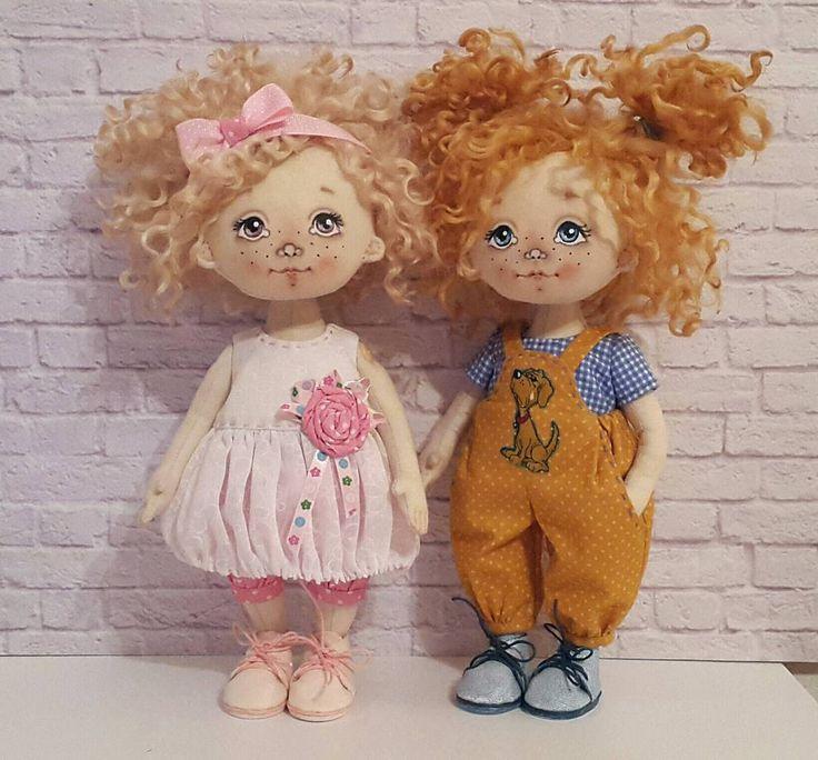 """786 Likes, 21 Comments - Куклы ручной работы (@elena.petrova.omsk) on Instagram: """"Мы с Тамарой ходим парой.  Малышки нашли новый дом  #куклы #кукла #авторскаяигрушка…"""""""