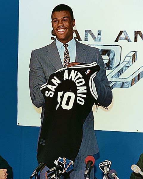 On this date, 29 years ago, the #sanantonio #spurs selected #david #robinson with the #first overall pick in the 1987 NBA #draft  #davidrobinson #theadmiral #sanantoniospurs #spursnation #texas #nba #nbadraft #draft2016 #nbadraft2016 #basket #basketball #legend #champion #history #retro #vintage #picoftheday #pictureoftheday #like4like #likeforlike #wednesday