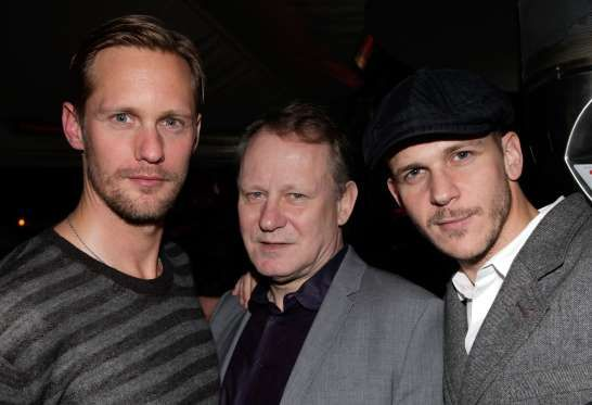 "© Jeff Vespa/Getty Images    STELLAN SKARSGÅRD  The famously known ""Breaking the Waves"" actor is the father of ""True Blood"" (2008-2014) actor Alexander (L), and ""Allegiant"" (2016) actor Bill (R).  Other children: Gustaf, Sam, Eija, Valter, Ossian and Kolbjörn"