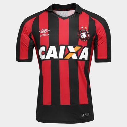 Honre a tradição do Furacão e estampe com orgulho a nova Camisa Umbro Atlético Paranaense I 2016 s/nº Preto e Vermelho. Veste o torcedor atleticano de garra e alegria para torcer.  | Netshoes