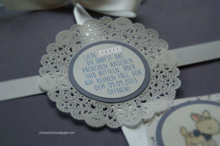 Zurück in die Zukunft – Geschenk zur Geburt - Stampin' Up! - Verpackung für einen Pressespiegel vom Tag der Geburt