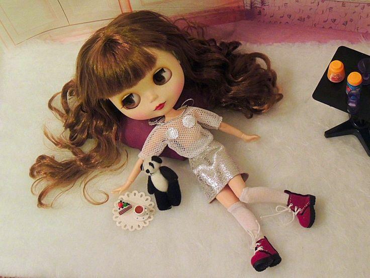 Blouse and skirt for Blythe/Neo Blythe dolls by Dress4bjd on Etsy
