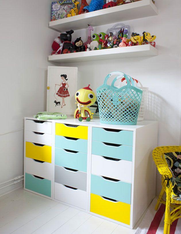Une chambre créative et colorée