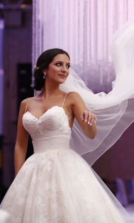 Used Inbal Dror Wedding Dress $4,500 USD. Buy it PreOwned now and save 48% off the salon price!
