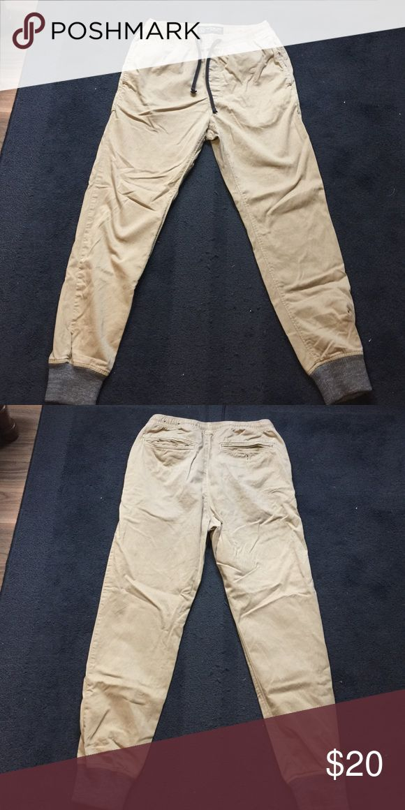 American eagle basic khaki jogger pants Khaki joggers gently worn once or twice American Eagle Outfitters Pants Sweatpants & Joggers