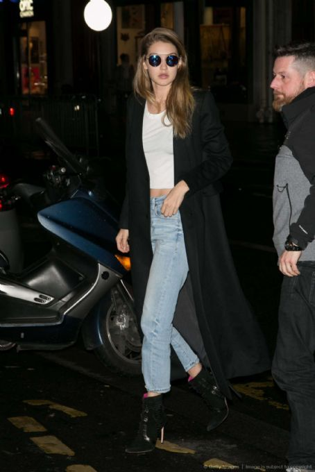 Gigi Hadid In Jeans Out In Paris