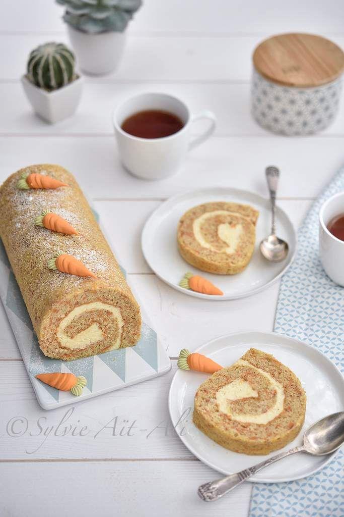 Je ne sais pas si c'est du au carotte (carotte/lapin) mais lorsque je pense à un dessert pour Pâques, je pense carotte cake. C'est surement aussi au fait que j'adore cela. Pour Pâques, je vous propose cette fois ci, un carotte cake façon gâteau roulé....