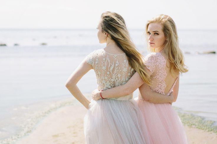 Сегодня мы представляем вам новую коллекцию платьев от свадебной мастерской Пион. Специально для нежных, изящных и утонченных невест!