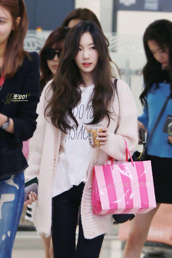 Kim Taeyeon Airport Fashion #SNSD