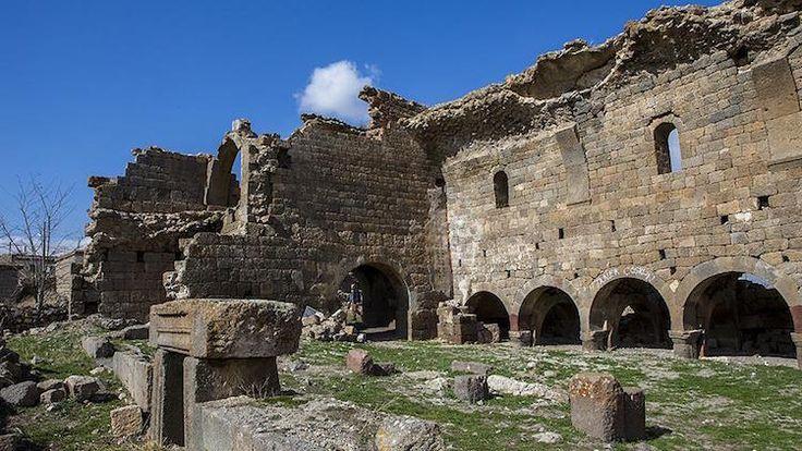 Barata Antik Kenti -Karaman'daki Erken Hıristiyanlık Merkezi Binbir Kilise'yi Deprem Yıkmış