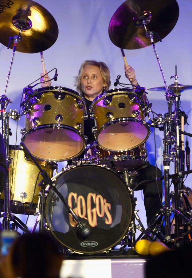 Gina Schock   22 Kickass Lady Drummers Who Are The Definition Of Cool