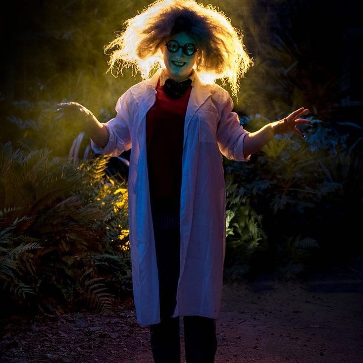 Could you handle a spooky walk around our Dino Quest? If you think you are brave enough for a scary adventure then join us on weekends and during half term from 6pm! #halloween #wmsp #spookyspectacular #spookyactor #halfterm #dinoquest #landofthelivingdinosaurs #scary