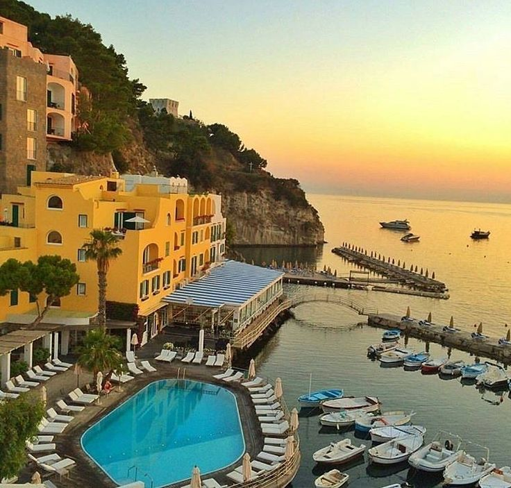 Ancient thermal baths and traces of old #Hollywood glamour make L'Albergo Della Regina Isabella one of Italy's top seaside resorts // @regina.isabella