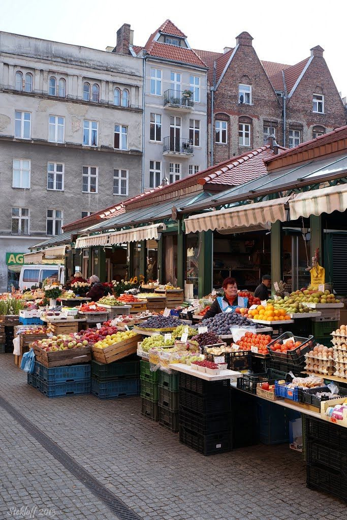 St. Dominik's Fair, Gdańsk, Poland. One of the oldest and largest open air markets in Europe dating back to year 1260.