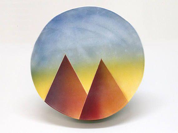Twin peaks platter