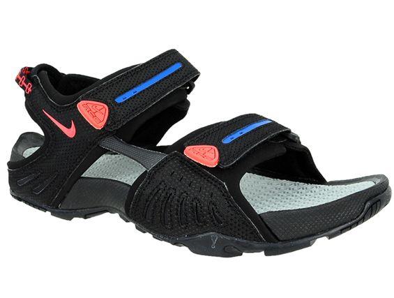 NIKE SANTIAM 4 ACG (312839060)   Marka:Nike Symbol:312839060 Płeć:Mężczyzna Dyscyplina:Letnie Dodaj do koszyka  #buty #obuwie #sandały #nike #santiam #bestsport