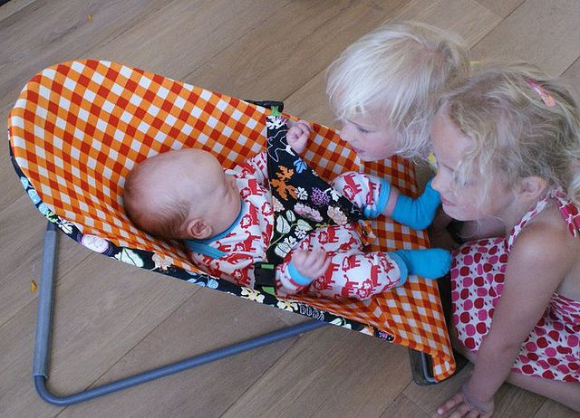 Free pattern cover Babybjorn sitter by Justina Maria Louisa, via Flickr