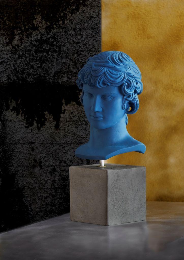 Antinoos Weight: 2000 gr Dimension: 11x12x25cm Material: ceramine