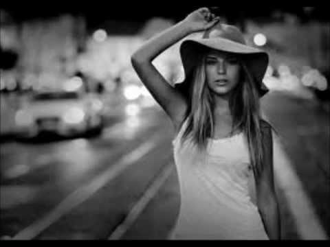 Bo Saris-She's On Fire  (Maya Jane Coles Remix)