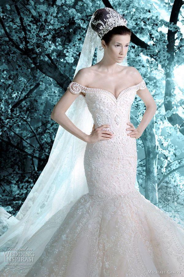 134 best Long wedding dresses images on Pinterest | Wedding frocks ...