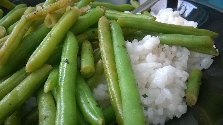 Zelené fazolové lusky s balsamicem a rýží