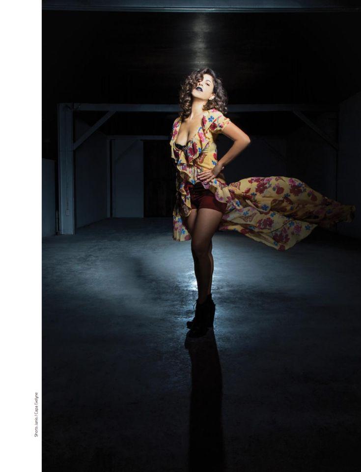 Mexi.Co : Renee Mooi x Paloma Lira Foto: Paul Brauns  #ReneeMooi #Mooi #PaulBrauns #PalomaLira #MinimalDesign #Minimal #RevistaMarvin #Marvin #ArtDirection #Magazine #Fashion  #EditorialDesign #Editorial #GraphicDesign #FashionPhotography #Photography