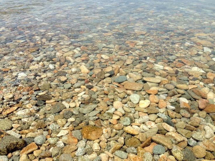 猪苗代湖(透明度が高く、済んだ水です) - 2012.06.02