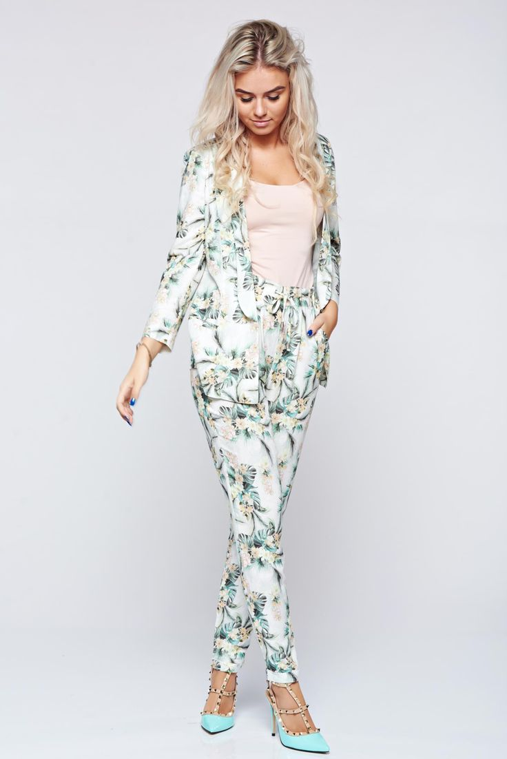 Comanda online, Pantaloni Top Secret albi casual cu talie medie. Articole masurate, calitate garantata!