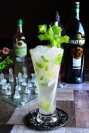 Cocktail 簡単混ぜるだけ 春のおもてなしカクテル モヒート×ベルモット セロリ×グレープフルーツ ハンサムな彼女|レシピブログ