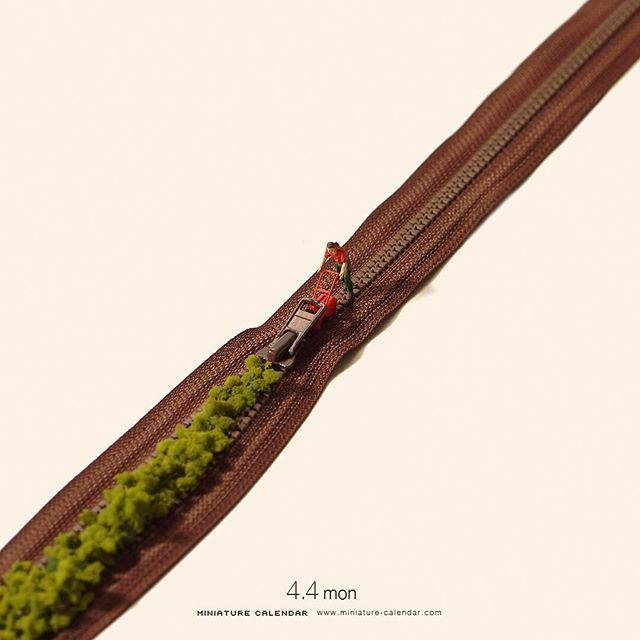 ". 4.4 mon ""Lawn mower"" . 草いものに蓋をする。 . #芝刈り機 #ファスナー #LawnMower #zipper…"