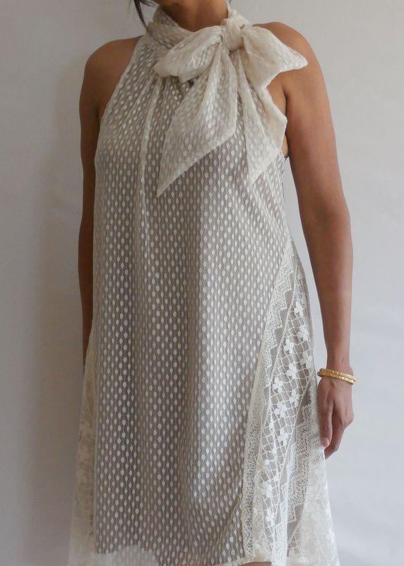 Side Bow Lace Dress