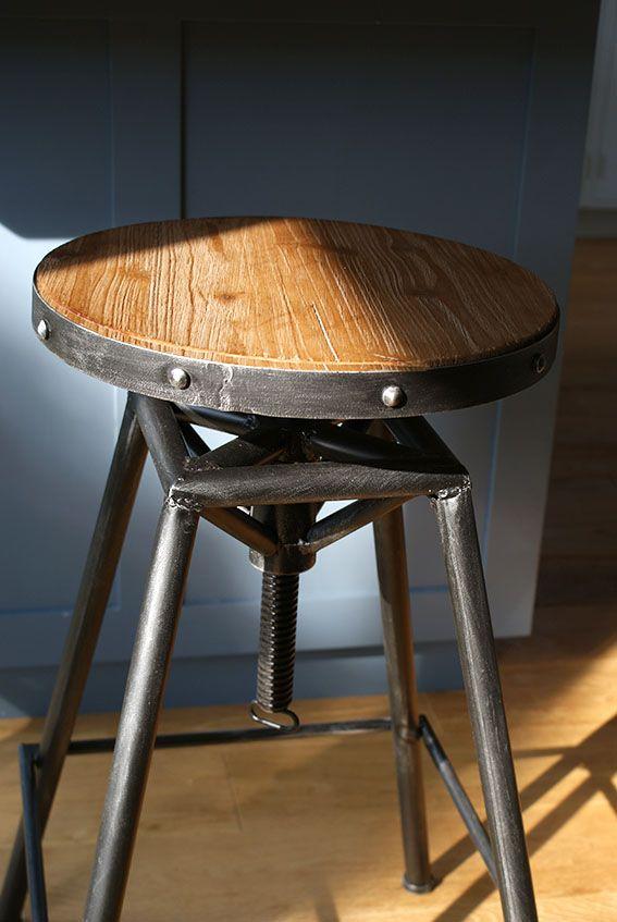 Steel Magnolias Bistro stool in Pewter
