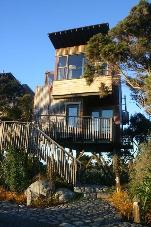 Hapuku Lodge Treehouse in New Zealand