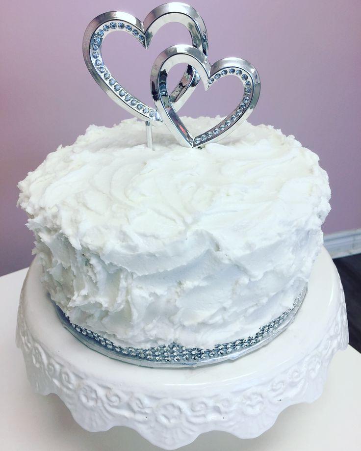 Simple #WeddingCake #DvasCakes #Cambridge #Waterloo