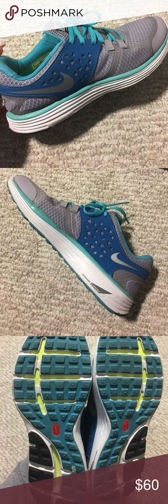 Nike Lunar Running Shoes Nike lunarlon running shoes. Been worn 1 time. Excellent condition, like brand new💙✨ Nike Shoes Sneakers