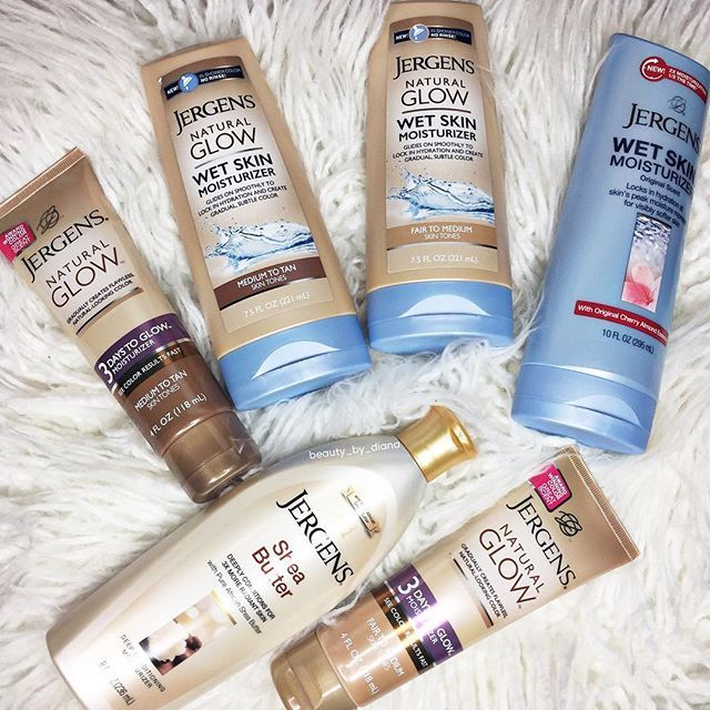 """thank you @jergensus for this generous package! my skin feels so smooth & moisturized after applying these products everyday after the shower, specifically the natural glow wet skin moisturizer """"fair to medium.""""😍"""