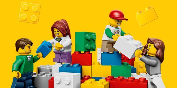 Após a petição online #ToyLikeMe, o grupo LEGO lança o primeiro boneco em cadeira de rodas. O seu lançamento está previsto para este verão.