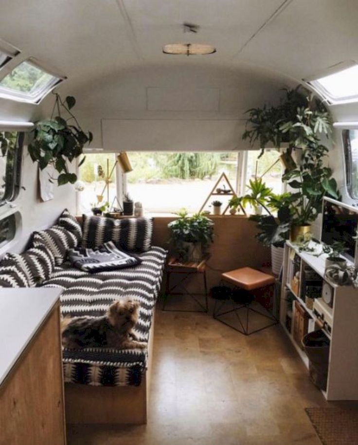 Wonderful 15 Campervan Interior Design Ideas For A Cozy Camping Time