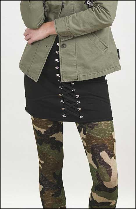 😍 ¿Te gusta la #falda corset #negro de #HighlyPreppy? Disponible en las #tallas XS, S y M en #MaribelFernández!!