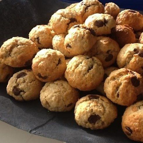 Bolitas de galletas Maria con chispas de chocolate: | 20 Recetas deliciosas que puedes hacer con galletas María