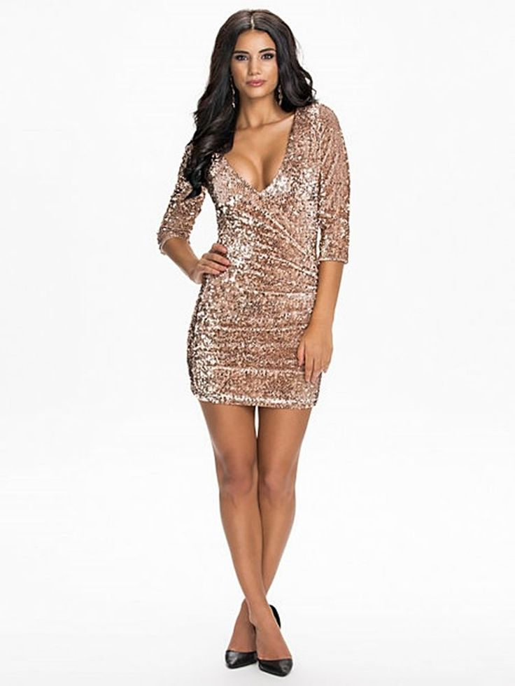 Velvet Sequins V-Neck Champagne from Oneness Size M #oneness #Sexy #Cocktail